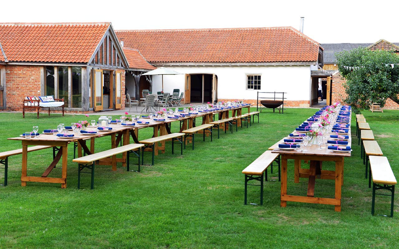 Hero dressed tables in the garden